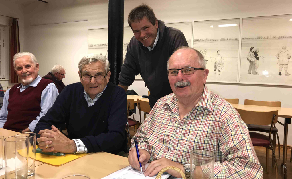Neuwahlen in Hochstadt